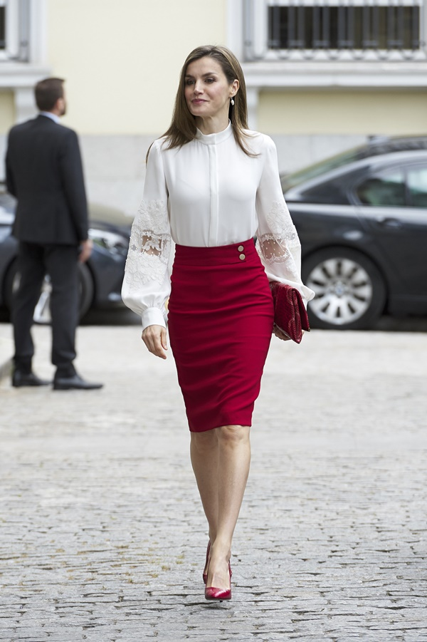 Exclusive Work Outfits Every Women Should Own