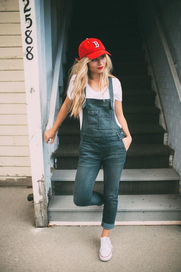 Impressive Ways To Wear Your Baseball Caps